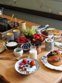 Breakfast at Freathy Farmhouse